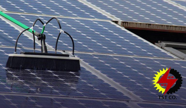 تمیز کردن پنل خورشیدی