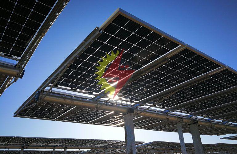 معرفی پنل های خورشیدی دو طرفه  (Bifacial)